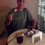 4 loukoums, 3 baklavas et 2 chai - notre lot quotidien