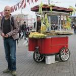 vendeur de maïs - place Taksim