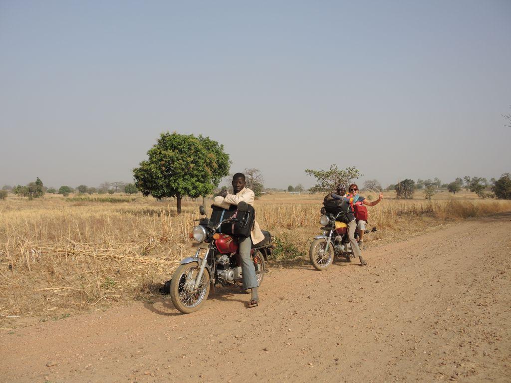 Entrée en zem au Togo, par le pays Tamberma