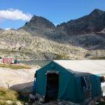 la tente annexe au refuge d'Arremoulit