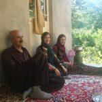Le père et ses deux filles