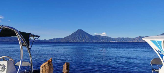 Le lac Atitlan et San Juan la Laguna