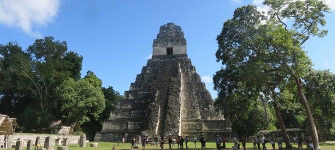 L'île de Flores et le site Maya de TIKAL