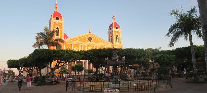 Léon et Granada au Nicaragua